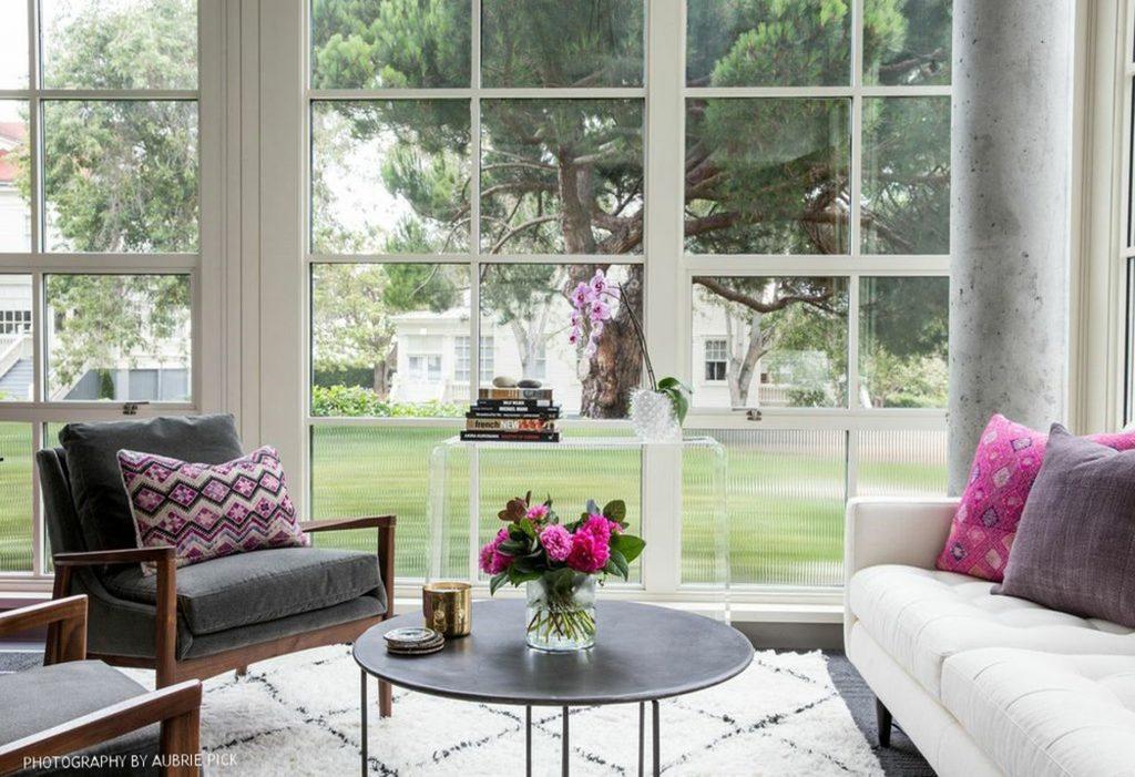 heidi-caillier-design-seattle-interior-designer-modern-bohemian-grey-chair-mid-century-design-ethnic-textiles-pink-presidio-office-plants