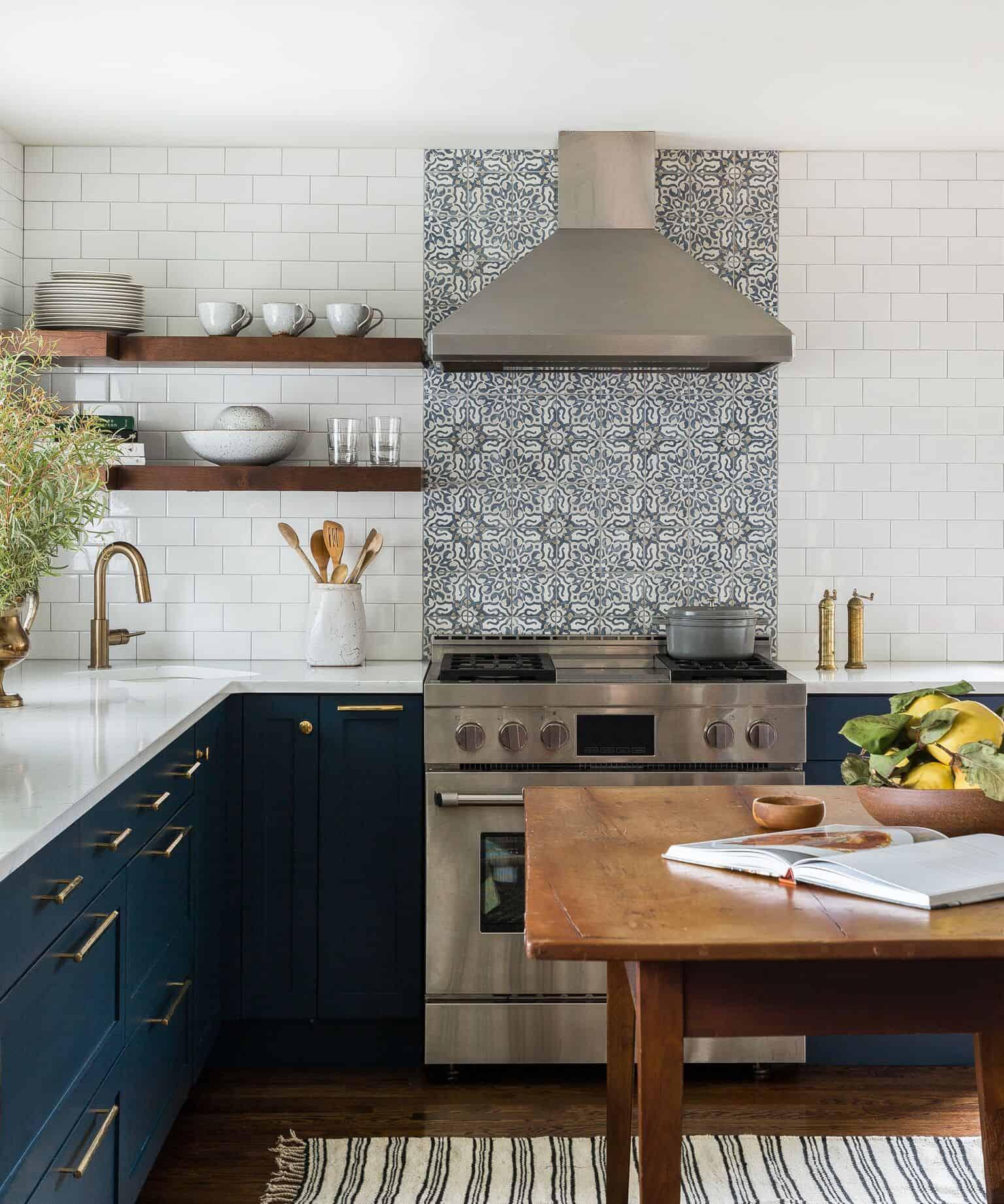 Open Kitchen Cabinet Designs: Heidi-Caillier-Design-Seattle-interior-designer-kitchen
