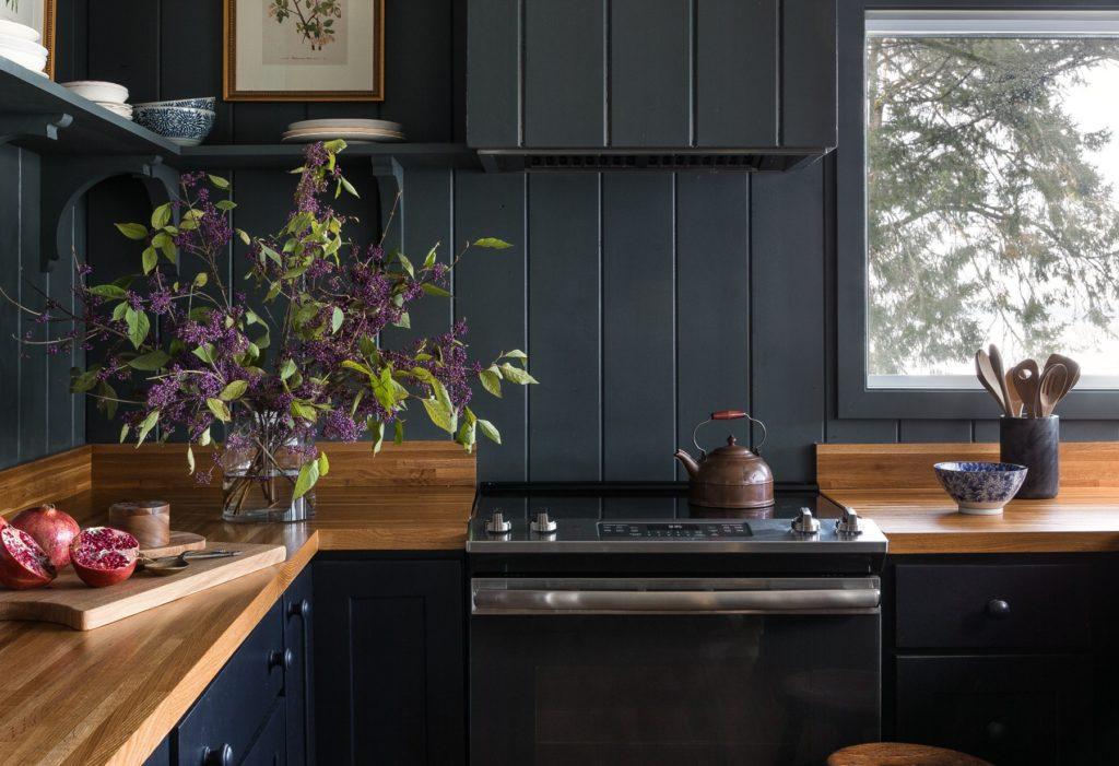 Heidi-Caillier-Design-Seattle-interior-designer-the-cabin-and-the-snug-kitchen