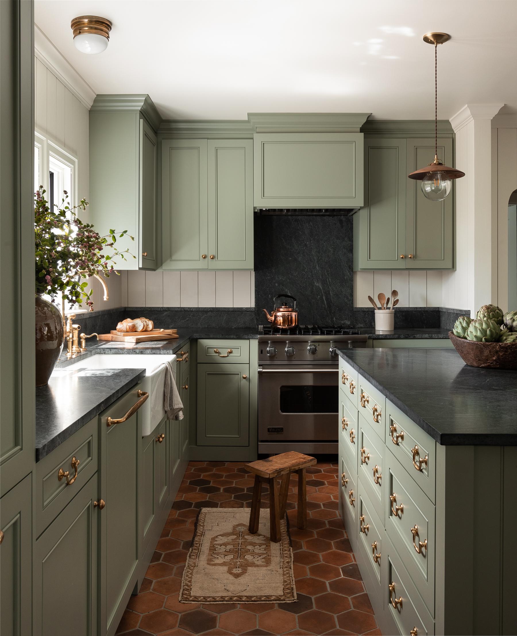 Heidi-Caillier-Design-Seattle-interior-designer-kitchen ...